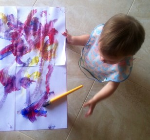 Fenna loves to paint!