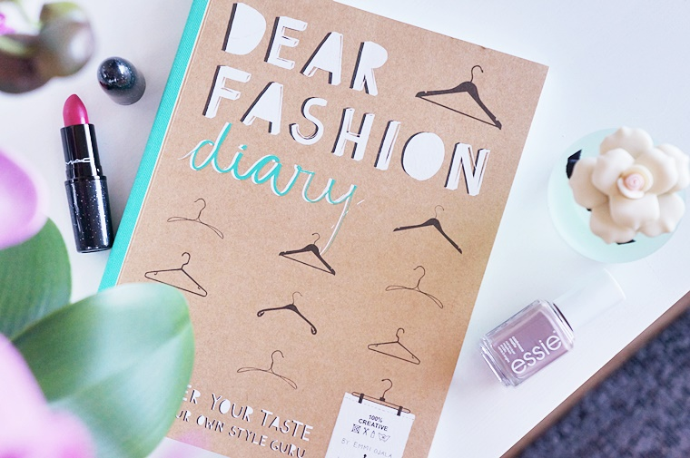 dear fashion diary 1 - Boek tip | Dear fashion diary