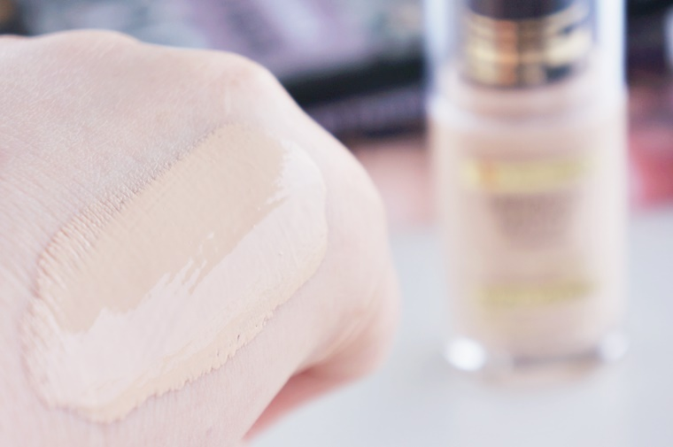 max factor miracle touch skin luminizer 3 - Max Factor | Miracle Match VS Skin Luminizer foundation