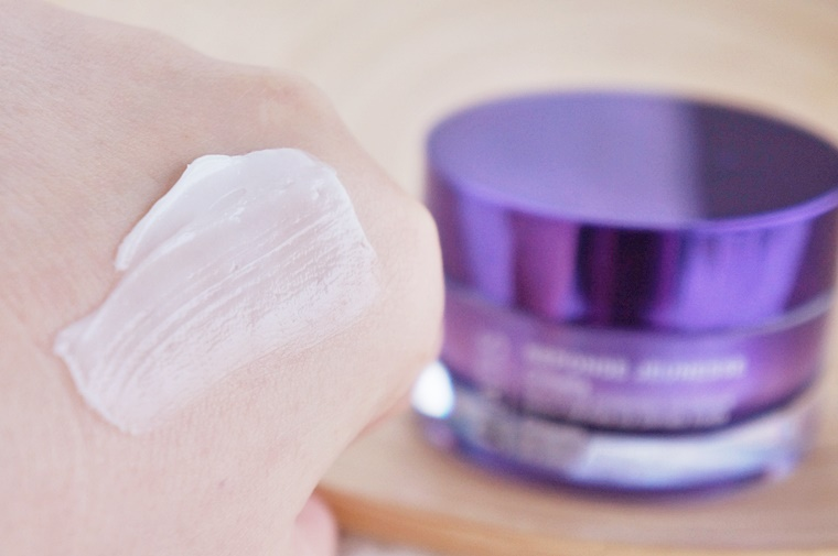 herfst crème oktober 2015 6 - Vijf crèmes om je huid de herfst door te helpen