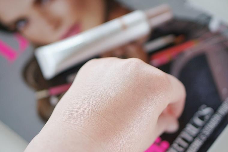 mua undress your skin illuminating liquid glow 4 - Budget Beauty Tip | MUA undress your skin liquid glow