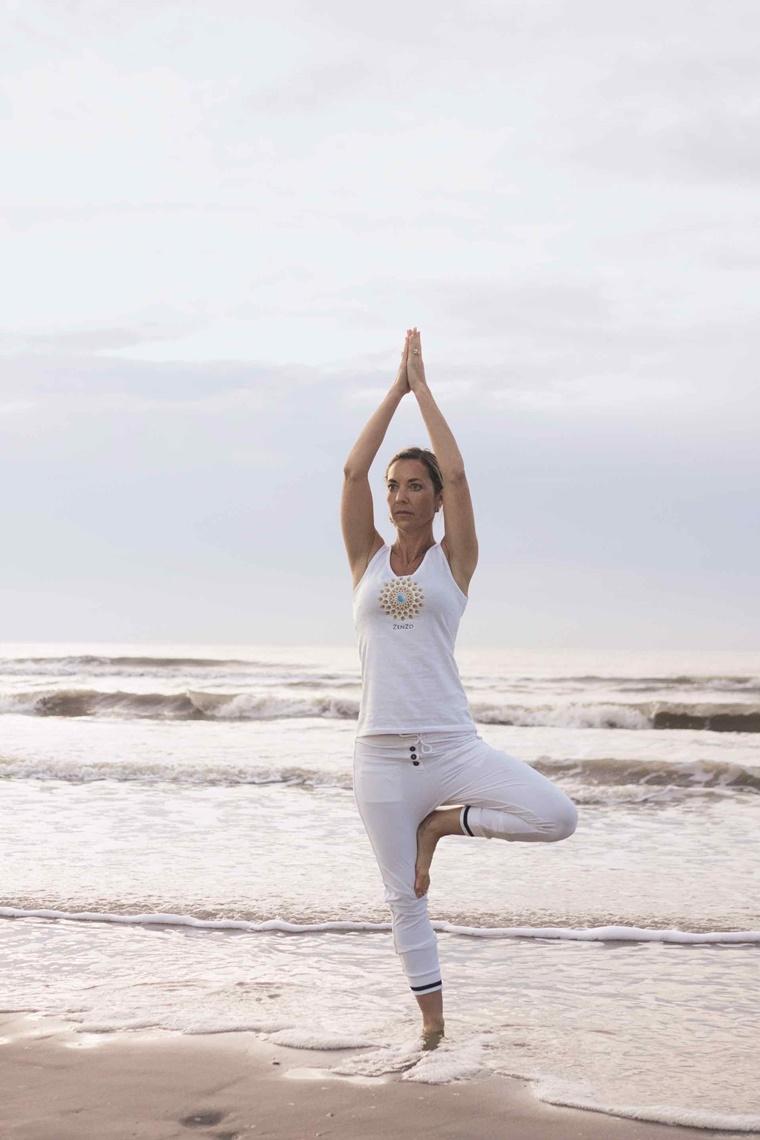 zenzo yoga 1 - Zenzo Yoga | Yoga/detox weekend aan zee