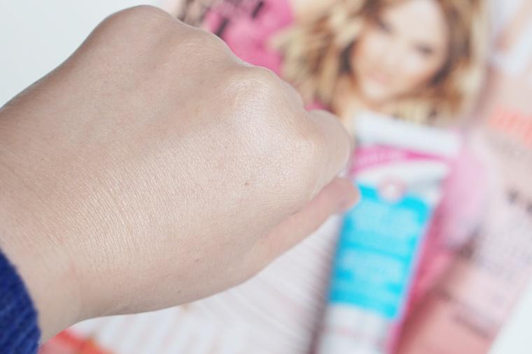 fab coconut skin smoothie priming moisturizer