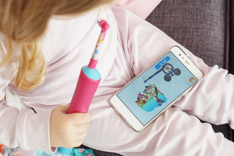 elektrische tandenborstel kind oral b 6 - Momtalk | Hoe verzorg je het gebit van je kind? (tips & tricks)