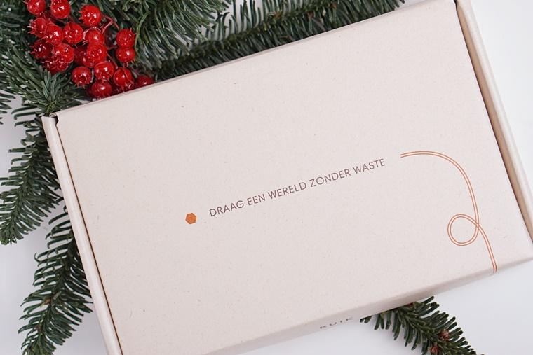 ruik den parfum 1 - Christmas Countdown | DEN (van kerstboom naar parfum)