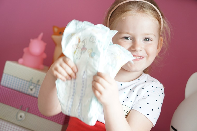 pampers baby dry 3 - Mama & Kind | De nieuwste Pampers Baby-Dry luiers
