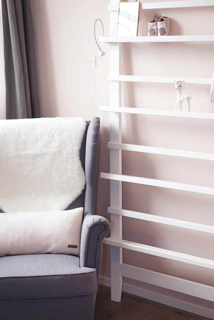 babykamer voorleeshoek 5 - Babykamer #2 | De voedings- & voorleeshoek
