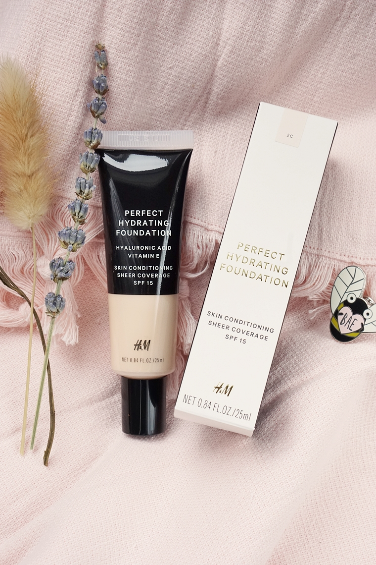 hm perfect hydrating foundation review 2 - Foundation Friday | H&M Perfect Hydrating Foundation