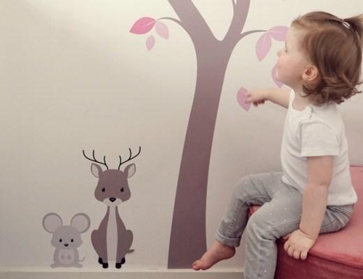 muursticker muurstickerstunter ervaring boom dieren kinderkamer babykamer