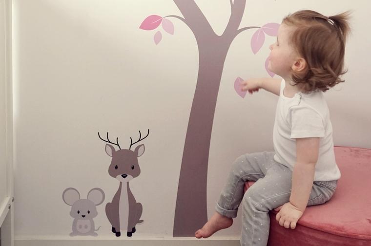 muurstickerstunter ervaring muursticker 5 - Cate's room | Een leuke bloesemboom muursticker