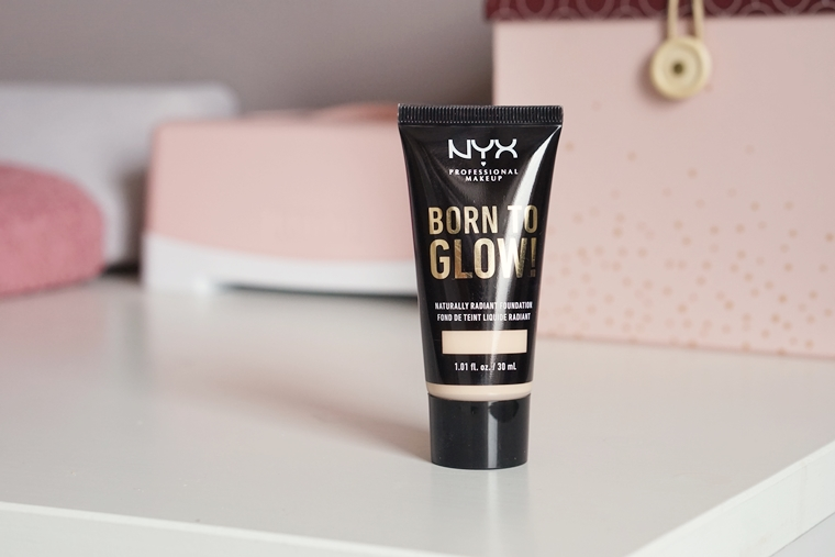 nyx born to glow foundation review 3 - Foundation Friday | NYX Born to glow!