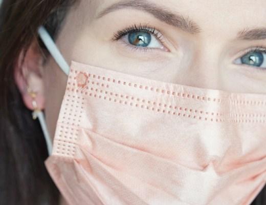 maskne tips (longlasting mondkapjesproof foundation + fijn mondmasker tip)