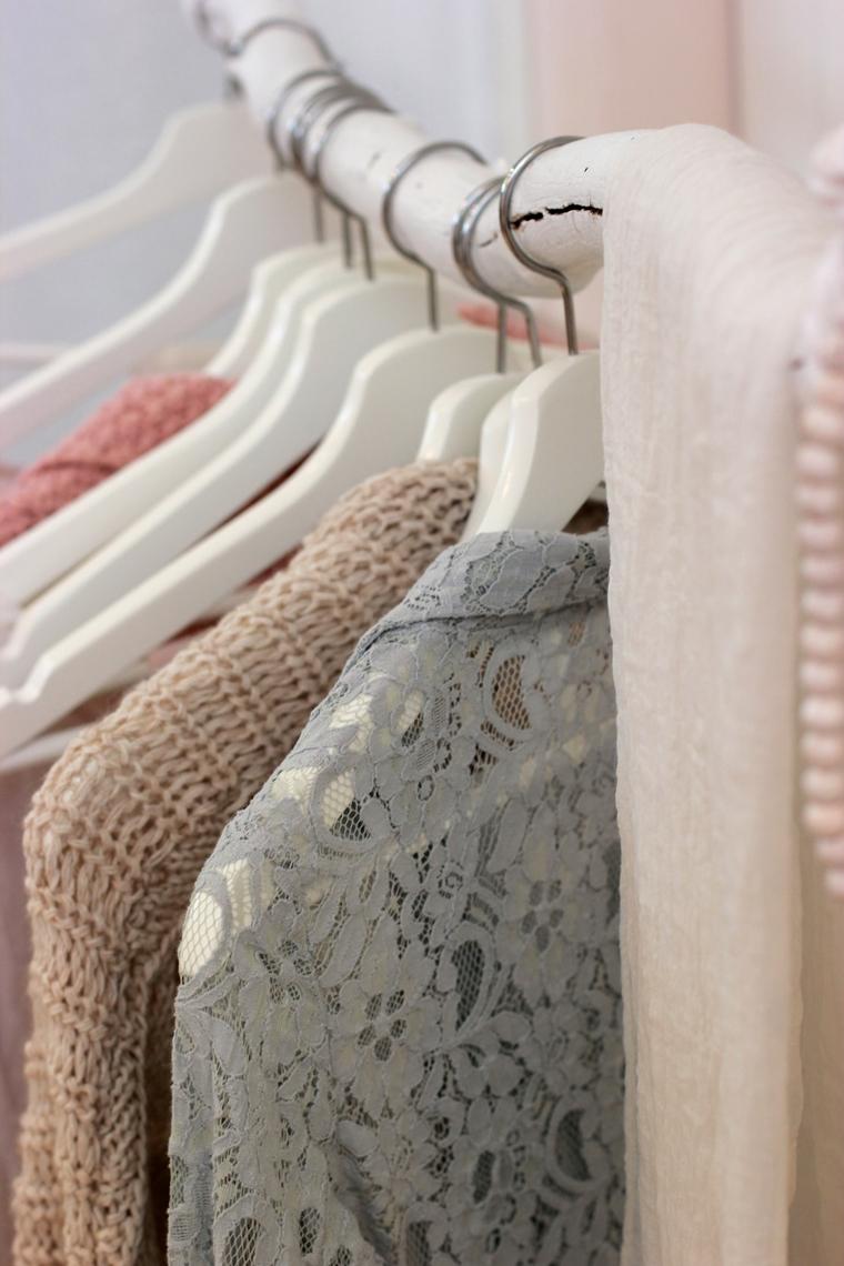 overzicht in je kledingkast tips 3 - Tips voor meer overzicht in je kledingkast