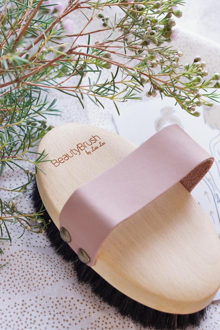dry brushing tips lois lee brush 3 - Beauty tip | Dry brushing voor een mooie huid