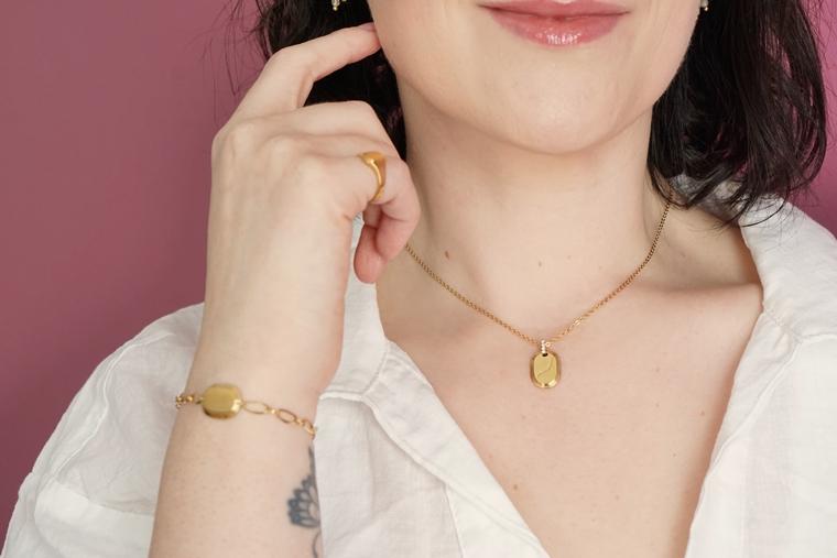 rosefield oval gepersonaliseerde ketting initialen 6 - Moederdag winactie | 3x Rosefield The Oval necklace