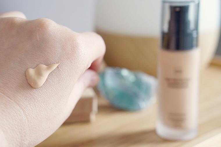 hema skin protecting illuminating foundation review 7 - Foundation Friday | HEMA Skin Protecting Illuminating foundation