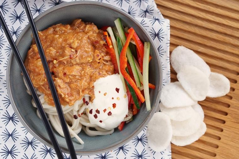 ghanese kipstoof noodles recept 2 - Comfort food | Recept voor Ghanese kipstoof met noodles
