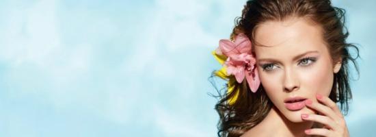 Les Fleurs DEte De Chanel Summer 2011 Makeup Collection promo - Make-up Collage | Hou de zomer vast!