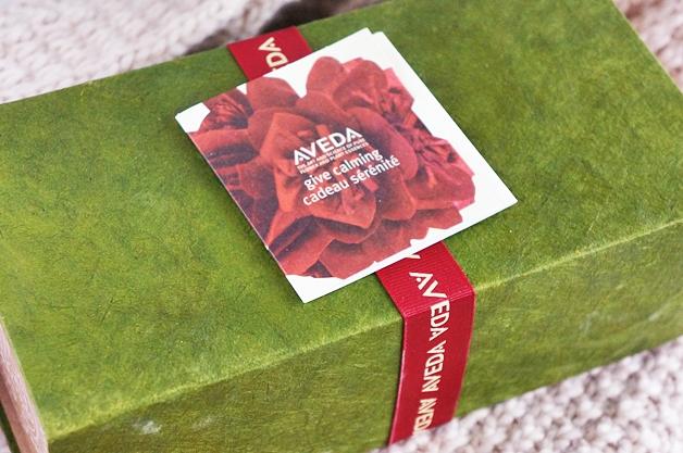aveda holiday give calming set 1 - Aveda Holiday 2013 | Give Calming