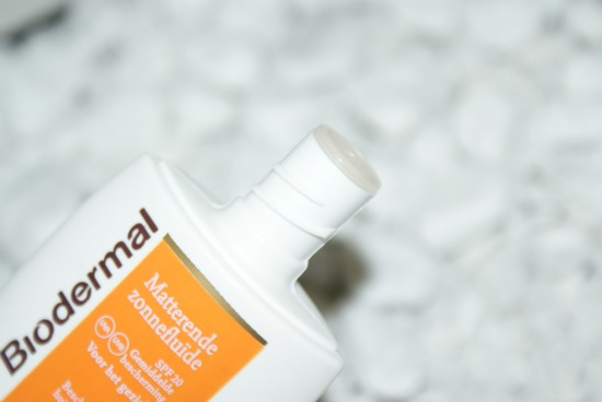 biodermalmatfluid3 - Review: Biodermal zonnefluïde SPF20