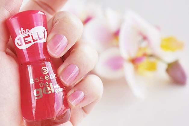 essence the gel nail polish review 4 - Budgettip   Essence the gel nail polish