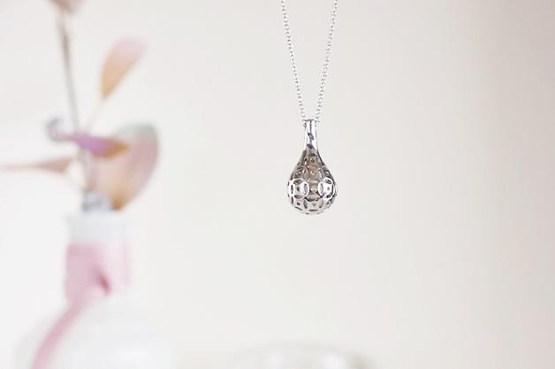flo perfume jewellery 2 - Love it! Flo perfume jewellery