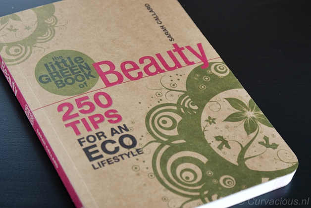 littlegreenbookofbeauty1 - Beautyboek | The little green book of Beauty - Sarah Callard