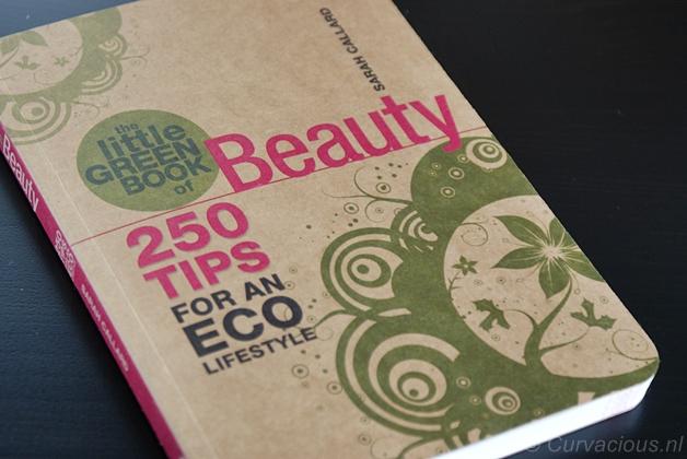 littlegreenbookofbeauty1 - Beautyboek | The little green book of Beauty - Sarah Callard