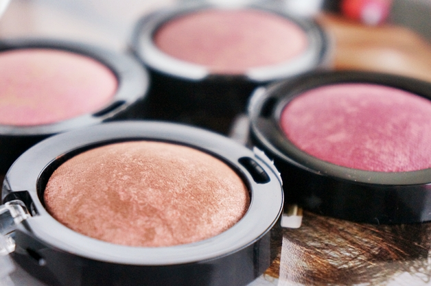 max factor creme puff blush review swatches 3 - Max Factor crème puff blushes