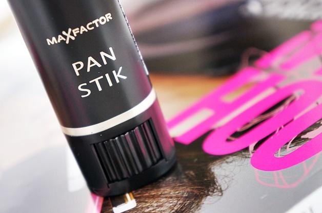 max-factor-pan-stik-panstik-12-true-beige-review-2