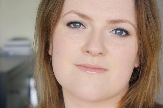 miss sporty smoky green eyes look - Miss Sporty studio colour smoky eye shadow
