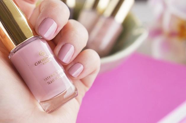 oriflame-giordani-gold-intense-shine-nail-lacquer-swatches-review-3