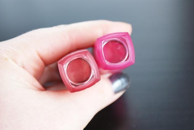 revloncolorburstlipbutter2 - Revlon Colorburst Lip Butter | Lollipop & Macaroon