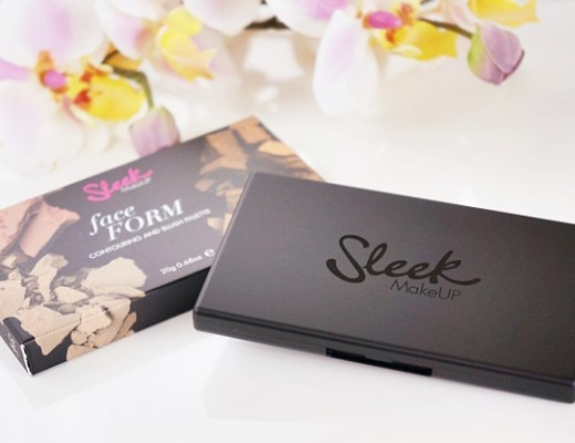 sleek faceform light contour 1 - Sleek face form contouring & blush palette