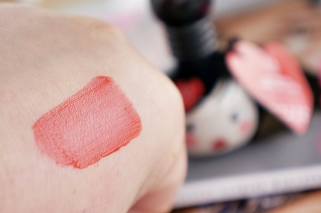 the-body-shop-lip-cheek-doll-stain-4