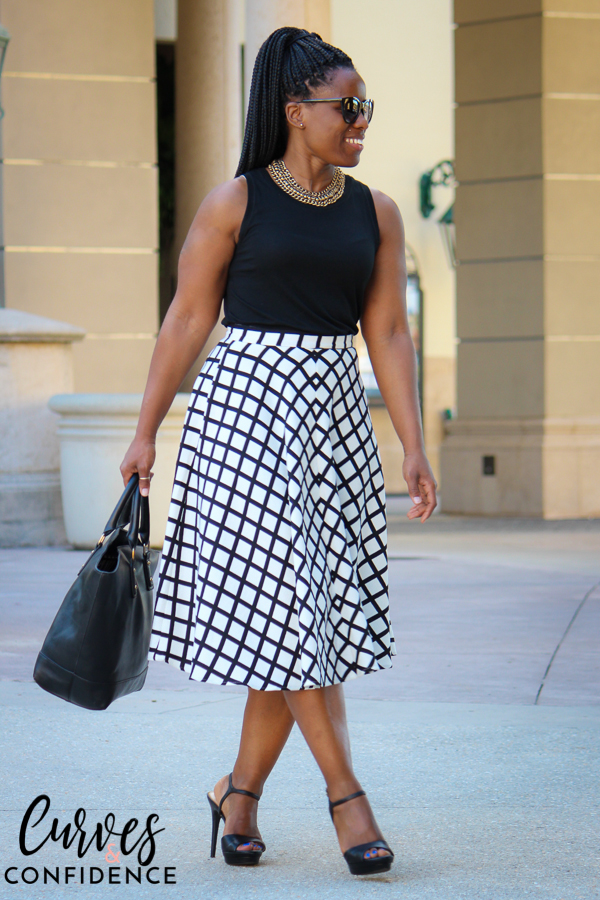 curves-and-confidence-lulus-window-pane-midi-skirt