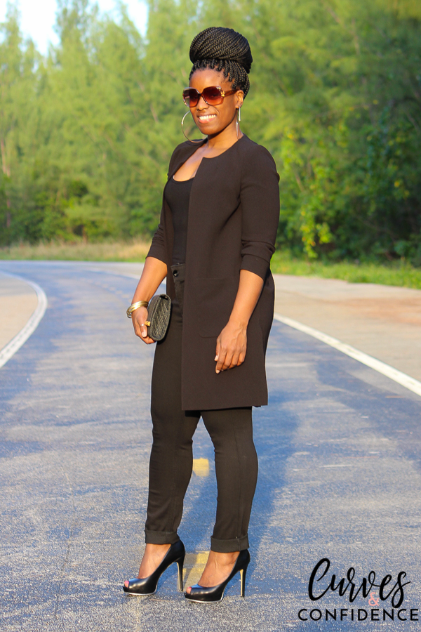 curves-and-confidence-riders-by-lee-black-skinny-jeans-and-long-blazer_