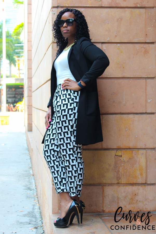 Curves and Confidence: H&M Blazer and Forever 21 Printed Pants
