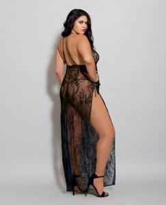 full-figure-lingerie