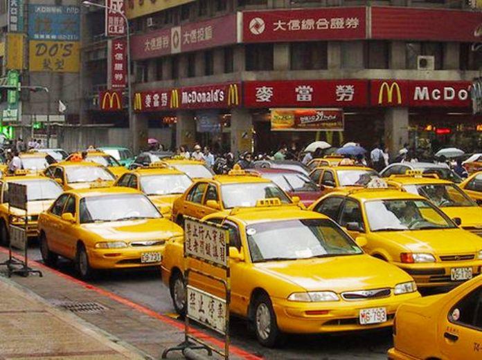 Getting Around Taipei, Taxi