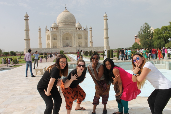 What to Wear in Agra, India, casual wear