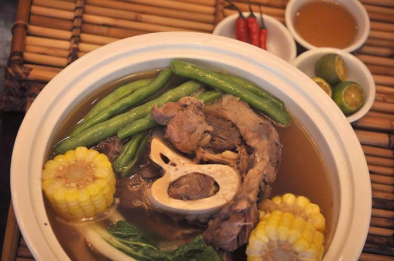 bulalo, local cuisine, tagaytay