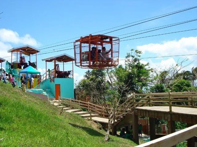 Cable Car in Tagaytay
