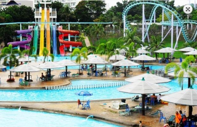 Pattaya Park Beach Resort Water Park