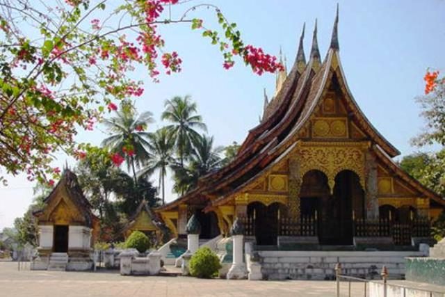 Wat Xieng Thong, Buddhist temple in Luang Prabang, Laos ... |Wat Xieng Thong Luang Prabang