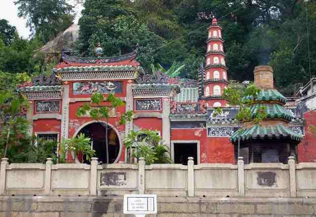 old temple, macau