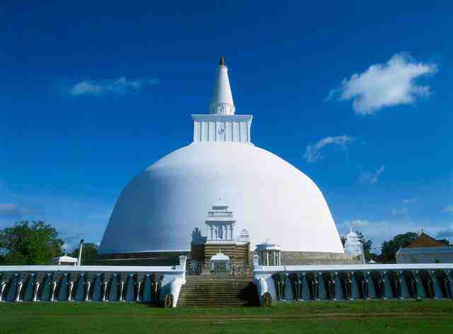 leading attractions, anuradhapura, ruwanwelisay, sri lanka