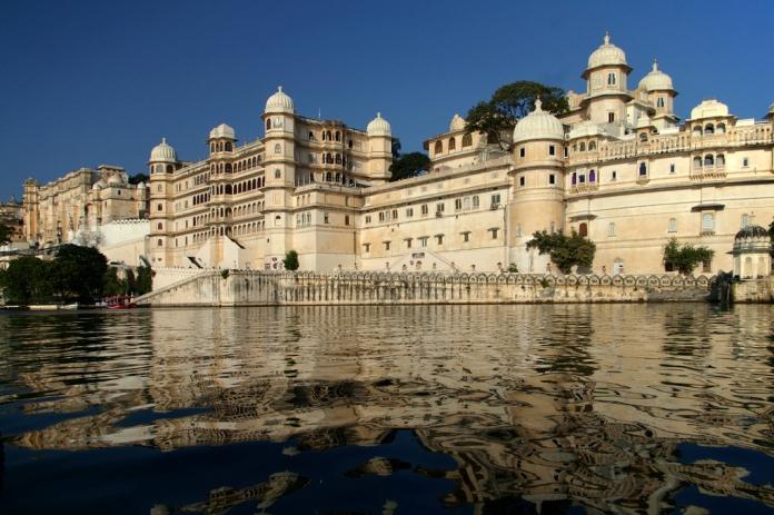 city palace, udaipur, india, palace
