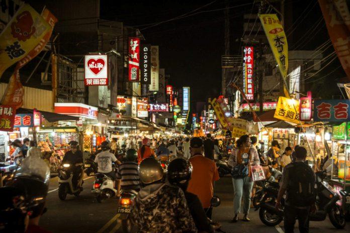 wenhua night market , chiayi city