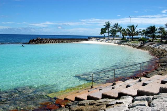 artificial beach, maldives, male